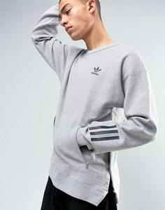 Серый свитшот с круглым вырезом adidas Originals Paris Pack Instinct BK0515 - Серый