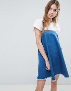 Выбеленное синее джинсовое платье без бретелек с необработанным краем ASOS - Синий