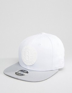 Бейсболка с прорезиненным логотипом Brooklyn Nets New Era 9Fifty - Белый