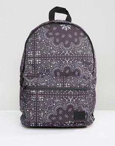 Рюкзак с платочным принтом ASOS - Черный