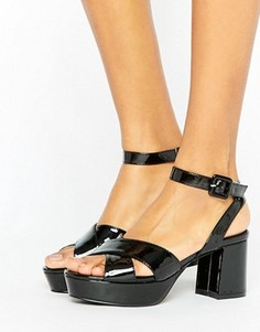 Truffle Collection Low Platform Patent Sandal - Черный
