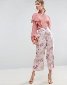Укороченные широкие брюки с цветочным принтом и кнопками ASOS - Мульти