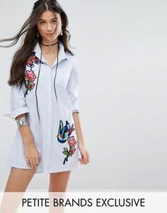 Платье-рубашка в тонкую полоску с вышивкой Glamorous Petite - Мульти