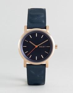 Часы с кожаным ремешком DKNY Soho - Золотой