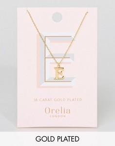 Позолоченное ожерелье с подвеской в виде буквы Е Orelia - Золотой