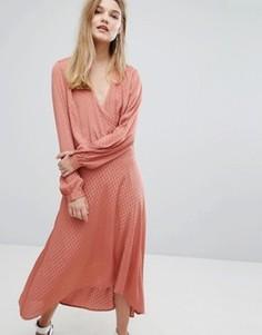 Атласное жаккардовое платье Gestuz Nete - Розовый
