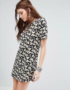Свободное платье с цветочным принтом Glamorous - Черный