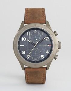 Часы с 1791343 хронографами и коричневым кожаным ремешком Tommy Hilfiger - Коричневый