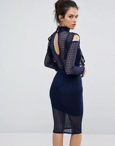 Кружевное облегающее платье с рукавами клеш и оборкой TFNC - Темно-синий