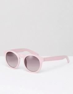 Круглые солнцезащитные очки с вырезом замочная скважина Monki Retro - Розовый