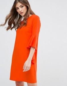 Цельнокройное платье с расклешенными рукавами Miss Selfridge - Красный