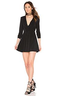 Платье с v-образным вырезом и ложным запахом спереди - BCBGeneration