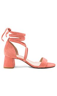 Туфли на каблуке angie - RAYE