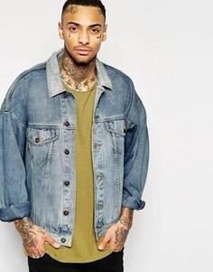 Синяя джинсовая куртка в стиле oversize ASOS - Синий