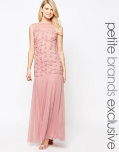 Платье макси с объемной цветочной отделкой и юбкой из тюля John Zack Petite - Розовый