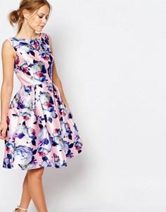 Сатиновое платье для выпускного с цветочным принтом Chi Chi London - Мульти
