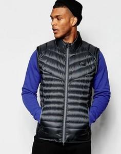 Черный дутый жилет Nike 822866-010 - Черный