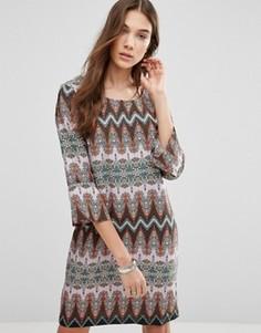 Платье-трапеция с зигзагообразным принтом Blend She Delia - Мульти
