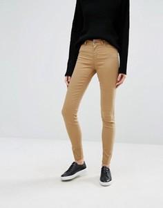 Зауженные джинсы с классической талией Vero Moda - Коричневый