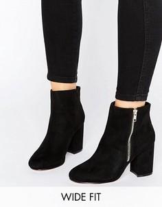 Полусапожки для широкой стопы на каблуке средней высоты ASOS REGAN - Черный