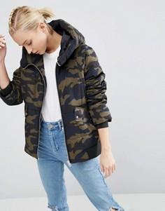 Дутая куртка с камуфляжным принтом ASOS - Мульти