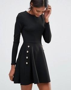 Короткое приталенное платье из крепа в стиле милитари Club L - Черный