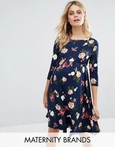 Приталенное платье с цветочным принтом Mamalicious - Мульти Mama.Licious