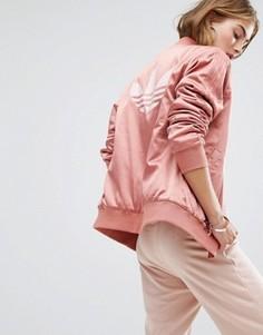 Розовый бомбер с логотипом на спине adidas Originals - Розовый