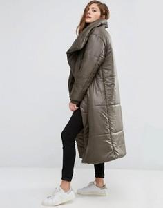 Дутое oversize-пальто с воротником-труба ASOS - Зеленый