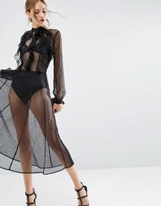 Платье из сеточки добби с оборками и подкладкой в виде трусиков ASOS - Черный