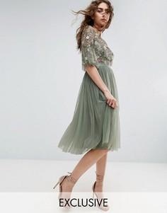 Платье миди с оборками на рукавах и цветочной вышивкой Needle and Thread - Зеленый