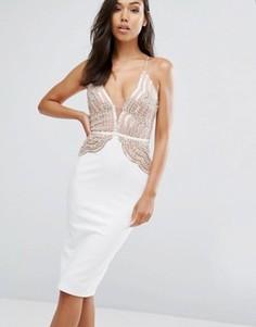 Платье-футляр с фигурным кружевным топом и пайетками Rare London - Кремовый