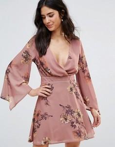 Чайное платье с запахом и принтом Oh My Love - Розовый
