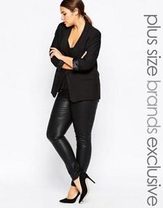 Облегающие брюки в кожаном стиле Carmakoma - Черный