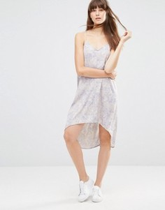 Тканое платье со спинкой-борцовкой Noisy May - Белый