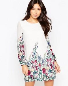 Цельнокройное платье с длинными рукавами и принтом Yumi - Кремовый