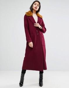 Пальто-трапеция с добавлением шерсти с меховым воротником ASOS - Красный