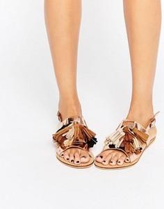 Золотистые сандалии с кисточками Glamorous - Золотой