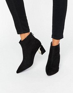 Ботинки с золотистой отделкой на каблуке New Look - Черный