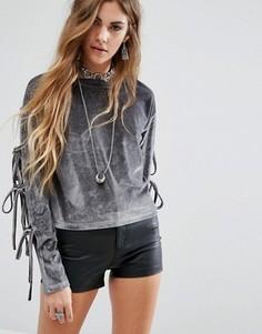 Бархатный свитшот с завязками на рукавах Glamorous - Серый