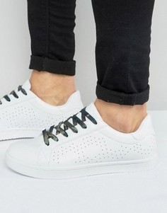ASOS Trainers In White With Perforation And Camo Lace - Белый