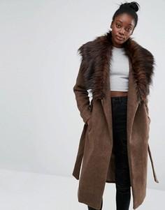 Драпированное пальто с воротником из искусственного меха Only - Коричневый