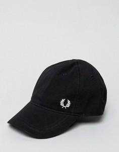 Черная бейсболка из пике с логотипом Fred Perry - Черный