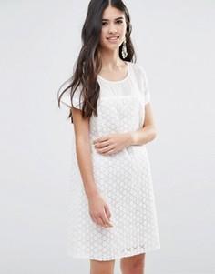 Трапециевидное платье из цветочного кружева Traffic People - Белый