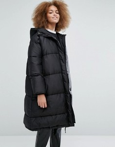 Дутая куртка с капюшоном эксклюзивно для Monki - Серый
