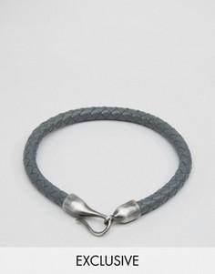 Кожаный браслет с застежкой на крючок Simon Carter эксклюзивно для ASOS - Серый