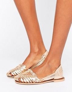 Плетеные сандалии цвета металлик Boohoo - Золотой