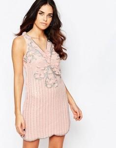 Короткое приталенное платье с отделкой A Star Is Born - Розовый