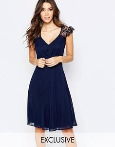 Платье миди для выпускного с кружевом Elise Ryan - Темно-синий