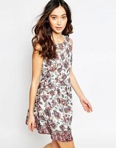 Приталенное платье с принтом пейсли Iska - Мульти